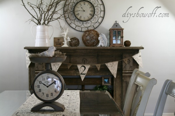 clock themed canvas table runner