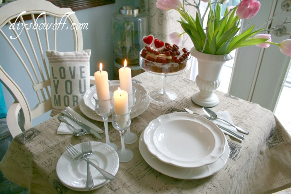valentine's day, dining nook