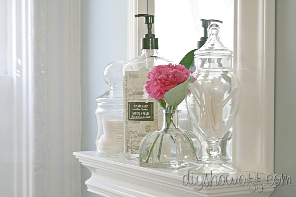 farmhouse powder room decor