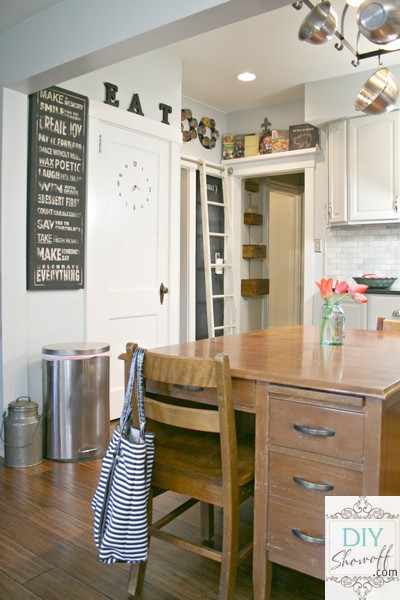 Farmhouse Kitchen Decor Home Staging Accessories 2014