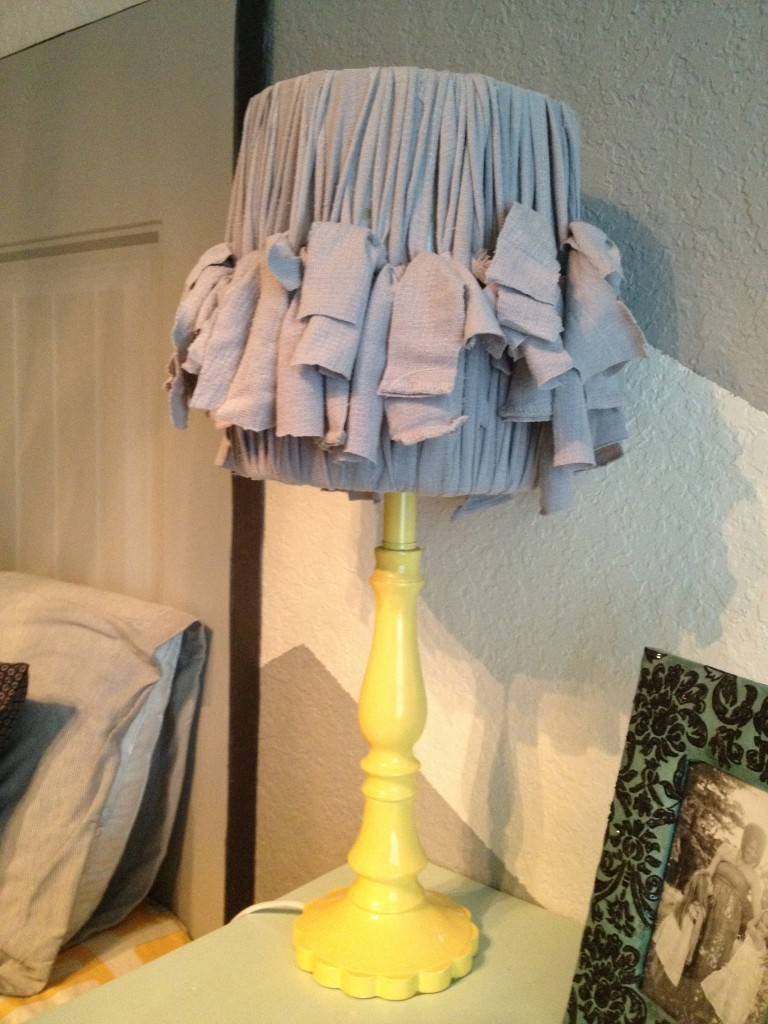 Girls 39 chevron room reveal diy show off diy decorating and home improvement blogdiy show - Diy lamp shade ...