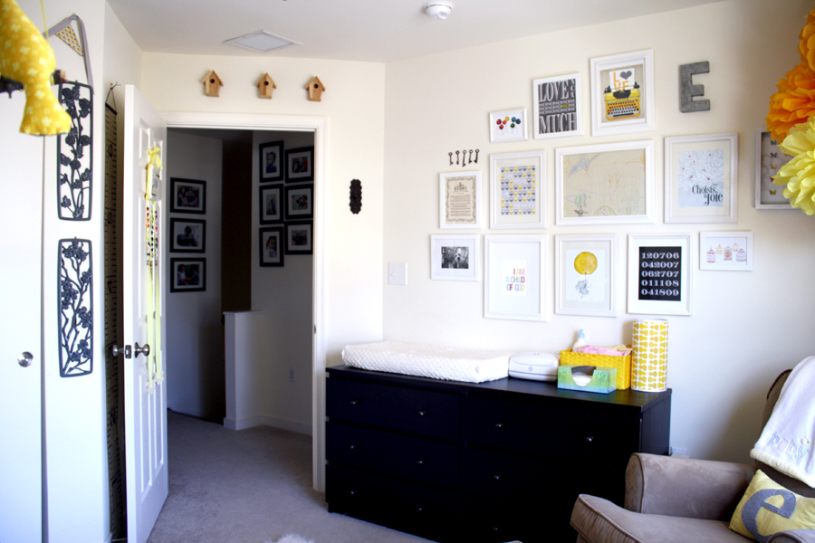 DIY nursery gallery wall