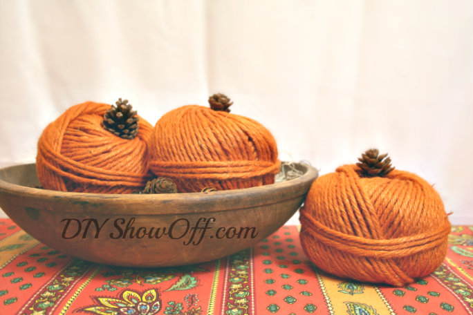 easy diy yarn pumpkins