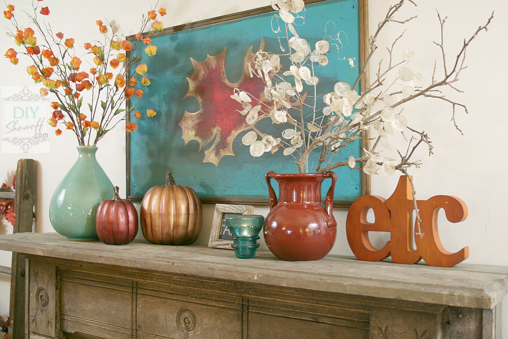 red and teal fall mantle