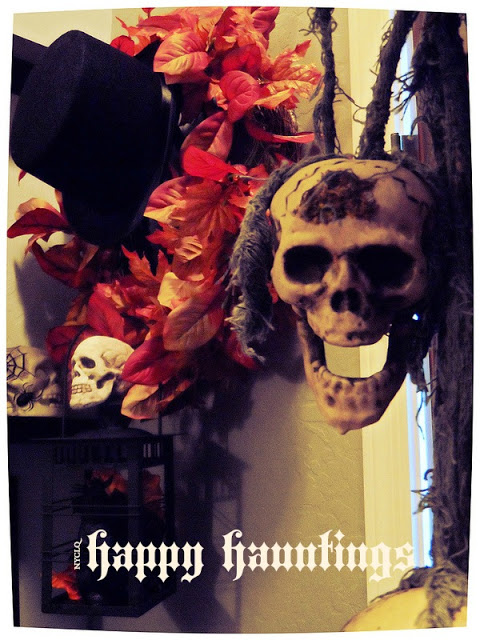 Focal Point Styling spooky Halloween entryway