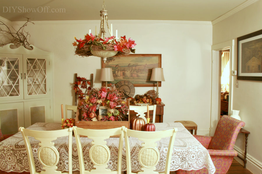 farmhouse Thanksgiving dining room