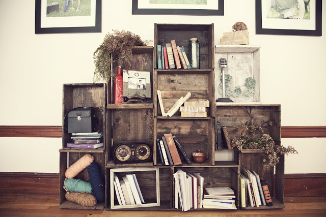 crate book shelf