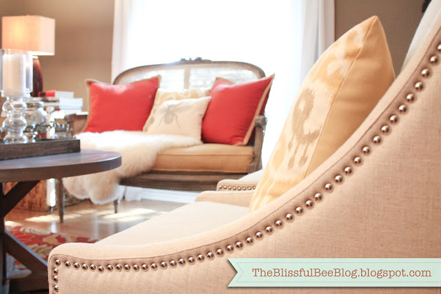 formal living room @ The Blissful Bee