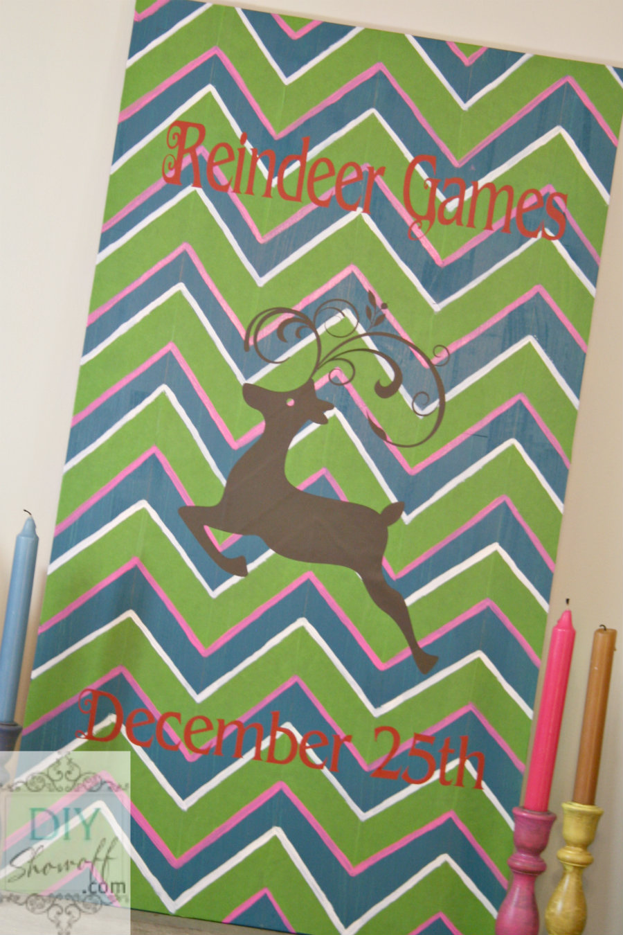 Colorful Christmas DIY reindeer sign tutorial