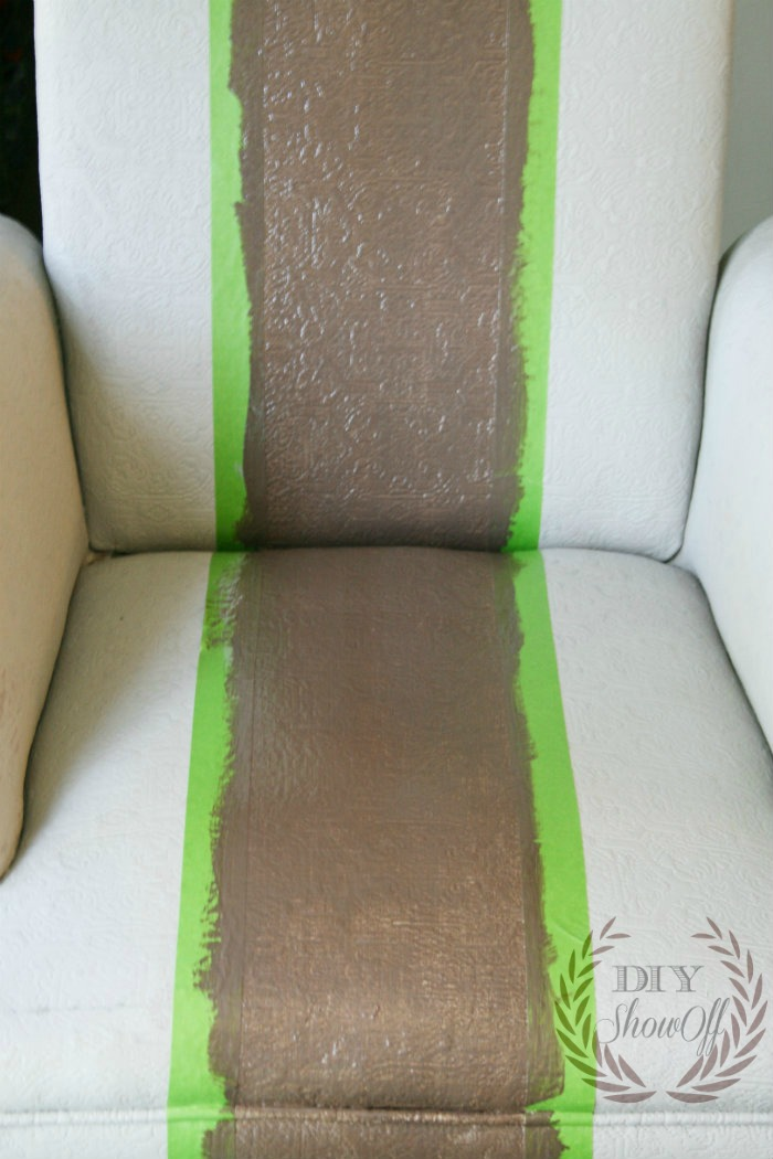 Painted Upholstered Chair TutorialDIY Show Off ™