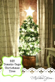 DIY tomato cage Christmas tree tutorial