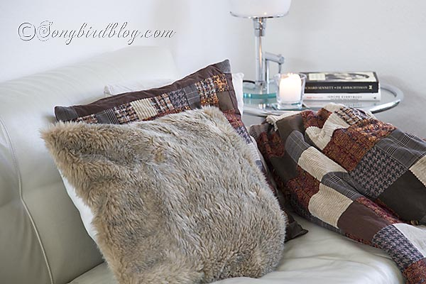 faux-fur-pillows-via-Songbirdblog