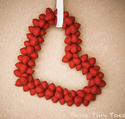 DIY valentine nut wreath