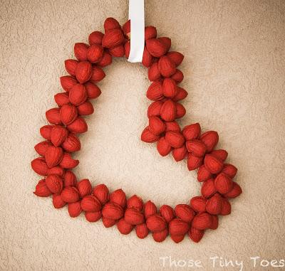 DIY valentine nut wreath