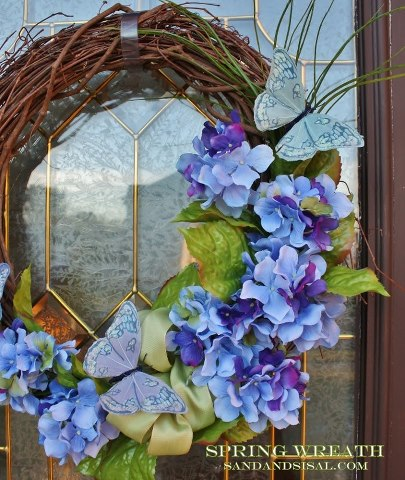 Sand and Sisal Spring Wreath