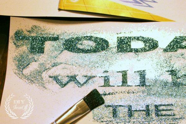 applying-glitter