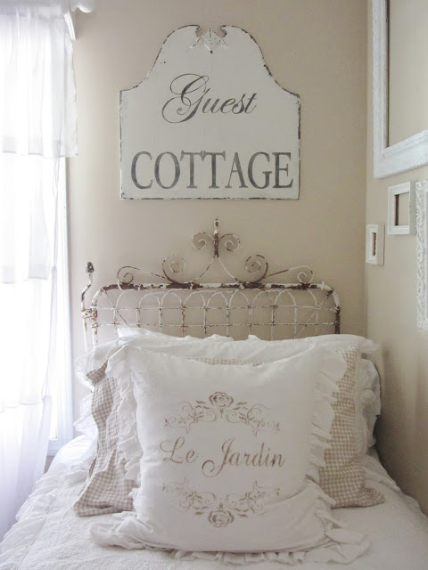 cottage-decorating-by Junk Chic Cottage