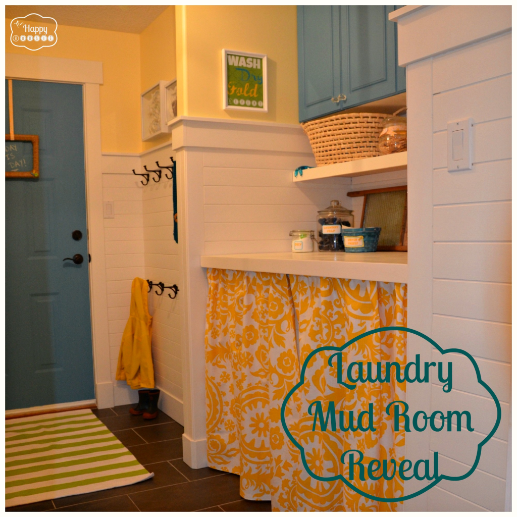 Laundry-Mud-Room-Reveal-at-thehappyhousie