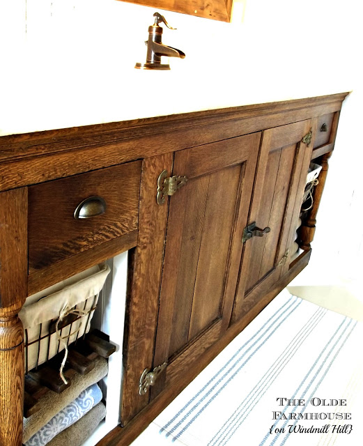 diy-farmhouse-vanity by Olde Windmill Farm