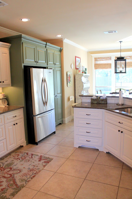 its-a-wannabe-decorators-life-kitchen-after
