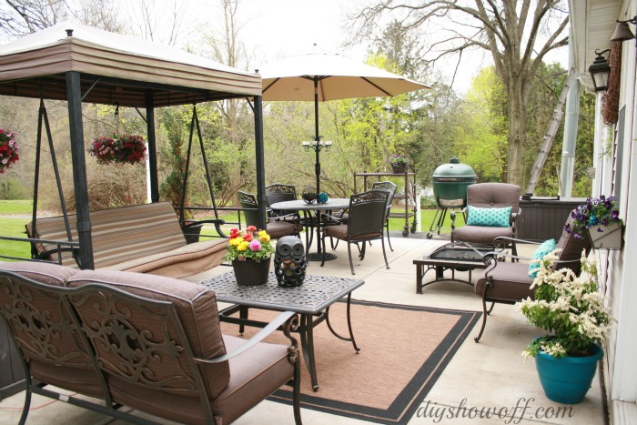 Patio MakeoverDIY Show Off ™ - DIY Decorating and Home ... on Outdoor Patio Makeover id=92311