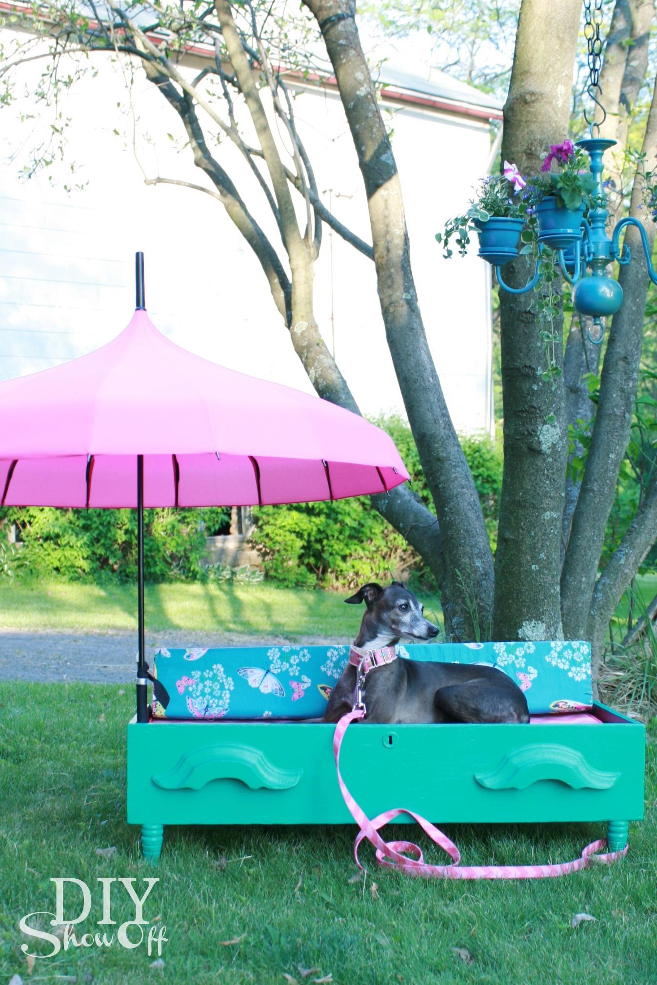 DIY shaded dog bed