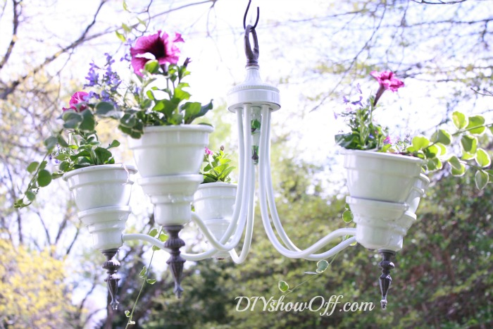 mint-chandelier-planter