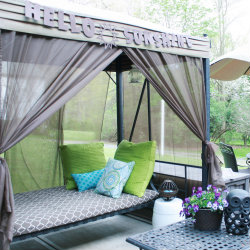 patio-swing-makeover