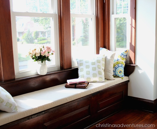 DIY-window-seat-cushion-Christina's Adventures