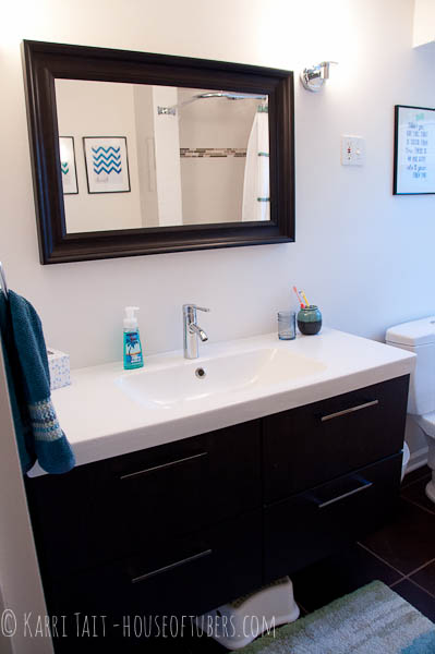 bathroom makever - House of Tubers