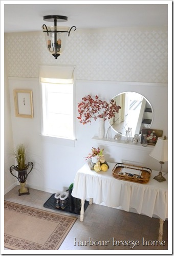 entryway-makeover at Harbour Breeze Home