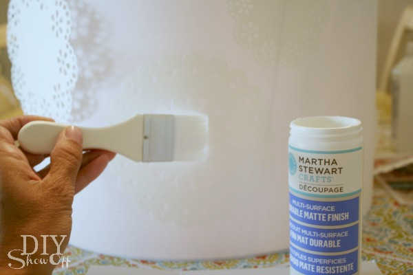 Martha Stewart Crafts Decoupage Doily Lampshade