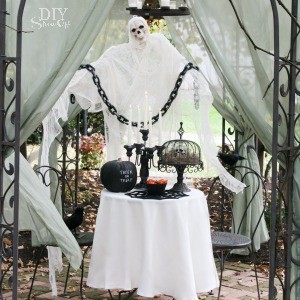 DIY ghost tutorial for Halloween