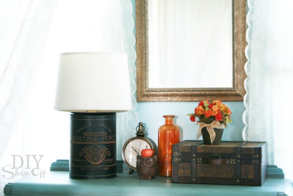 fall guest room vignette