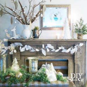 Christmas dining room at DIYShowOff