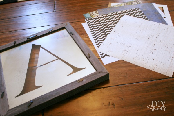 One decorative accent - UNLIMITED LOOKS: DIY Interchangeable/Custom Monogrammed Mirror Tutorial
