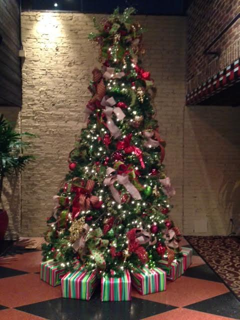 Chic It Simple Christmas Tree 2