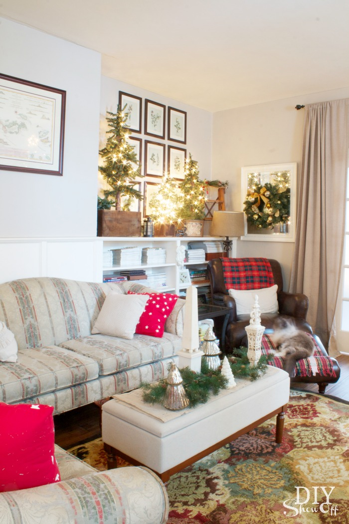 Show Living Rooms Already Decorated: DIYShowOff Christmas Home TourDIY Show Off ™