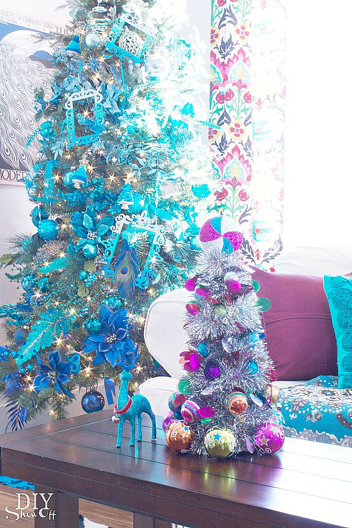 DIY ornament tinsel tree tutorial