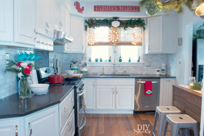 Farmhouse Kitchen Christmas