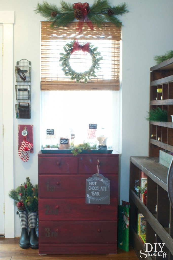 christmas kitchen vignette