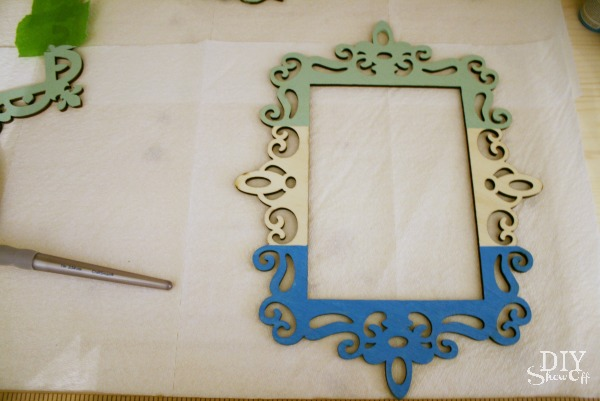 striped ombre ornament frame tutorial