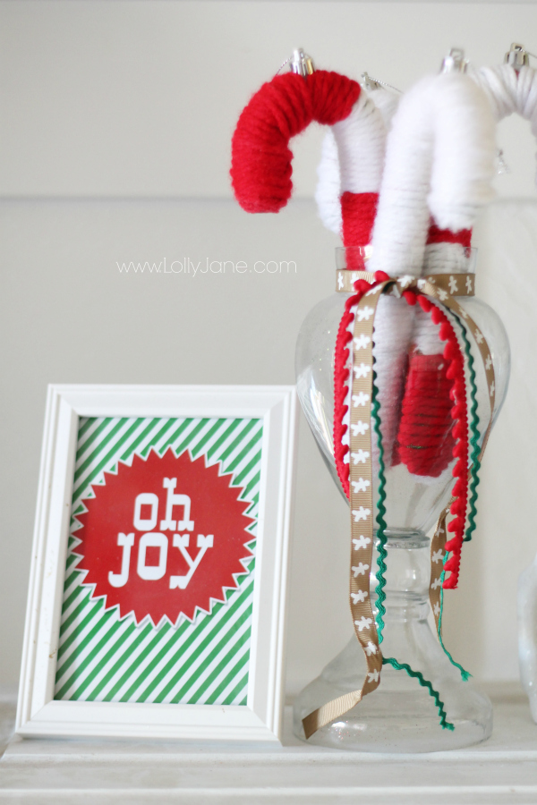 yarn-candy-cane-decor - Lolly Jane