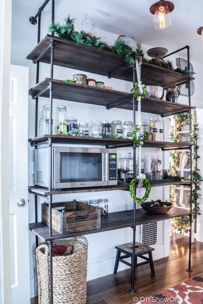 DIYShowOff Industrial Pipe Shelving