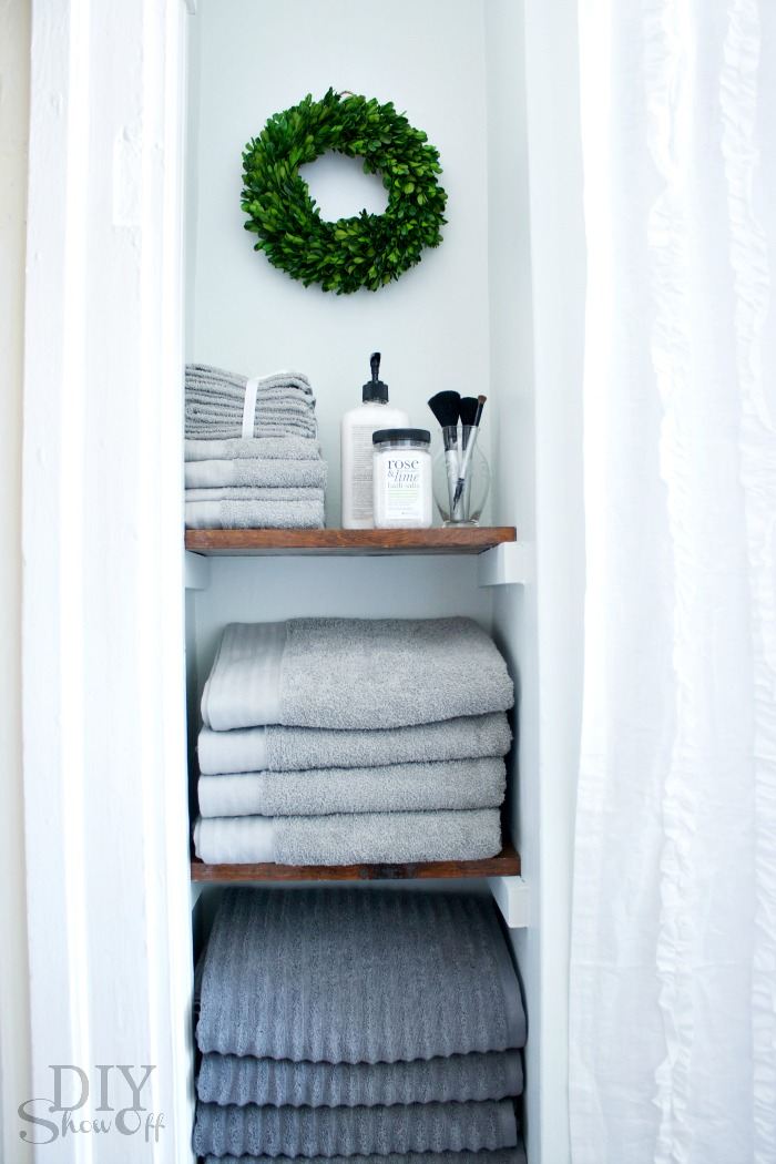 Bathroom makeover - towel nook
