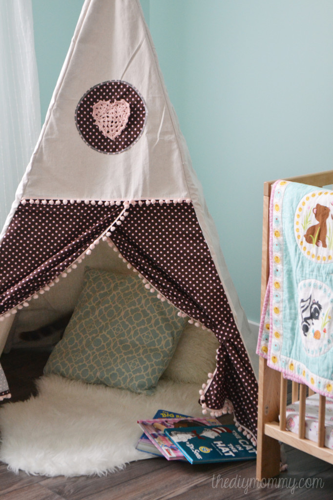 DIY play tent tutorial @theDIYMommy