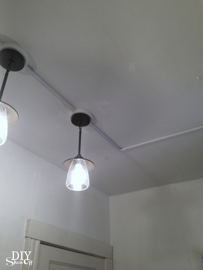 connecting light fixtures