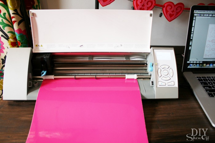 cutting adhesive vinyl