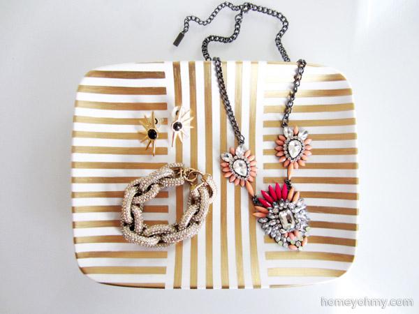 gold leaf jewelry tray @HomeyOhMy