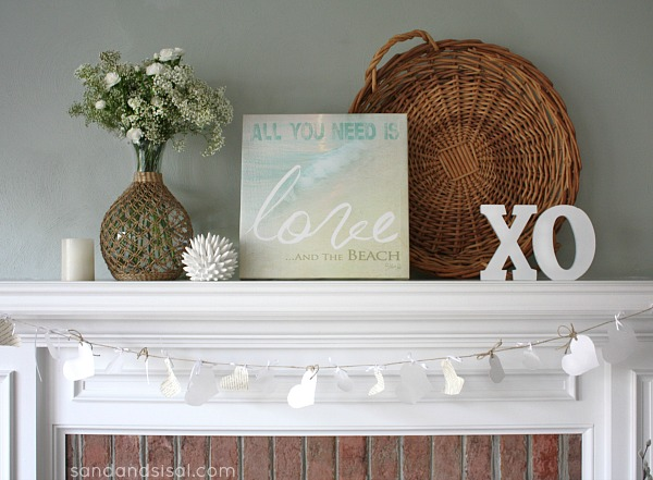 neutral beachy Valentine mantel @SandandSisal